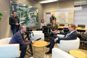 Interview met Eindhovense burgemeester Rob van Gijzel.