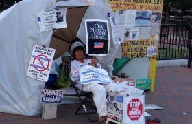 33 jaar onafgebroken in protest bij Witte Huis